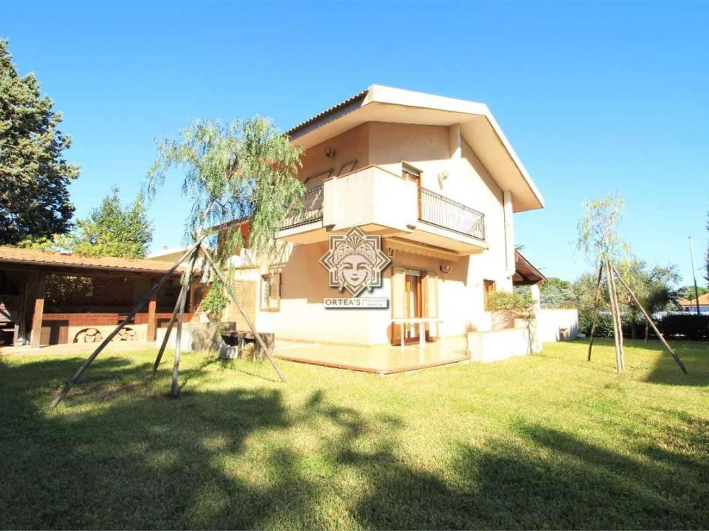 foto prospetto est Villa unifamiliare Contrada  Antica 1, Avola
