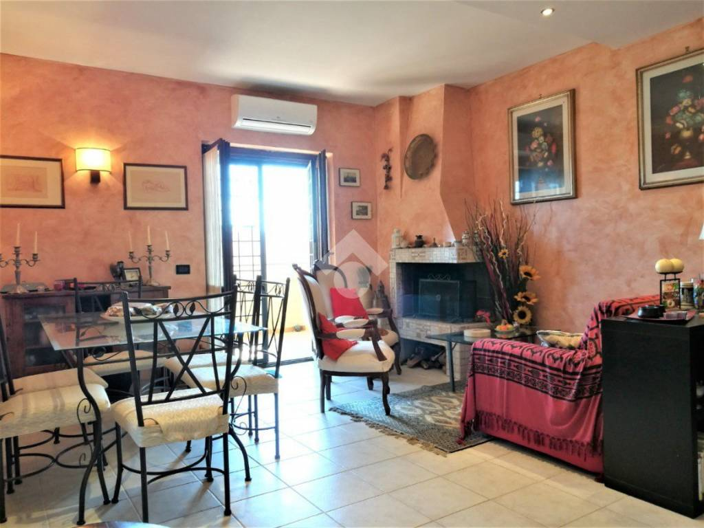 foto  4-room flat via A  Canova, 7, Rignano Flaminio