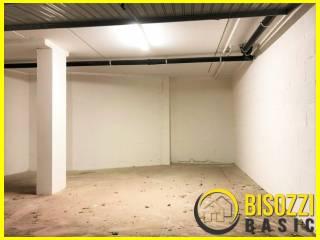Foto - Box / Garage via Adige, Civitavecchia
