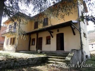Foto - Villa bifamiliare, da ristrutturare, 274 mq, Castel del Rio