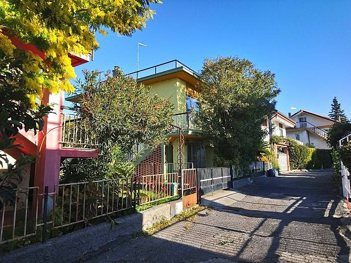 foto  Villa unifamiliare via Nuova di Peagna, Ceriale