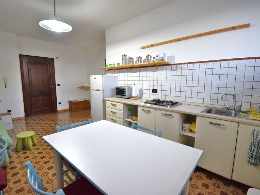 foto  2-room flat via Torino 29, Corneliano d'Alba