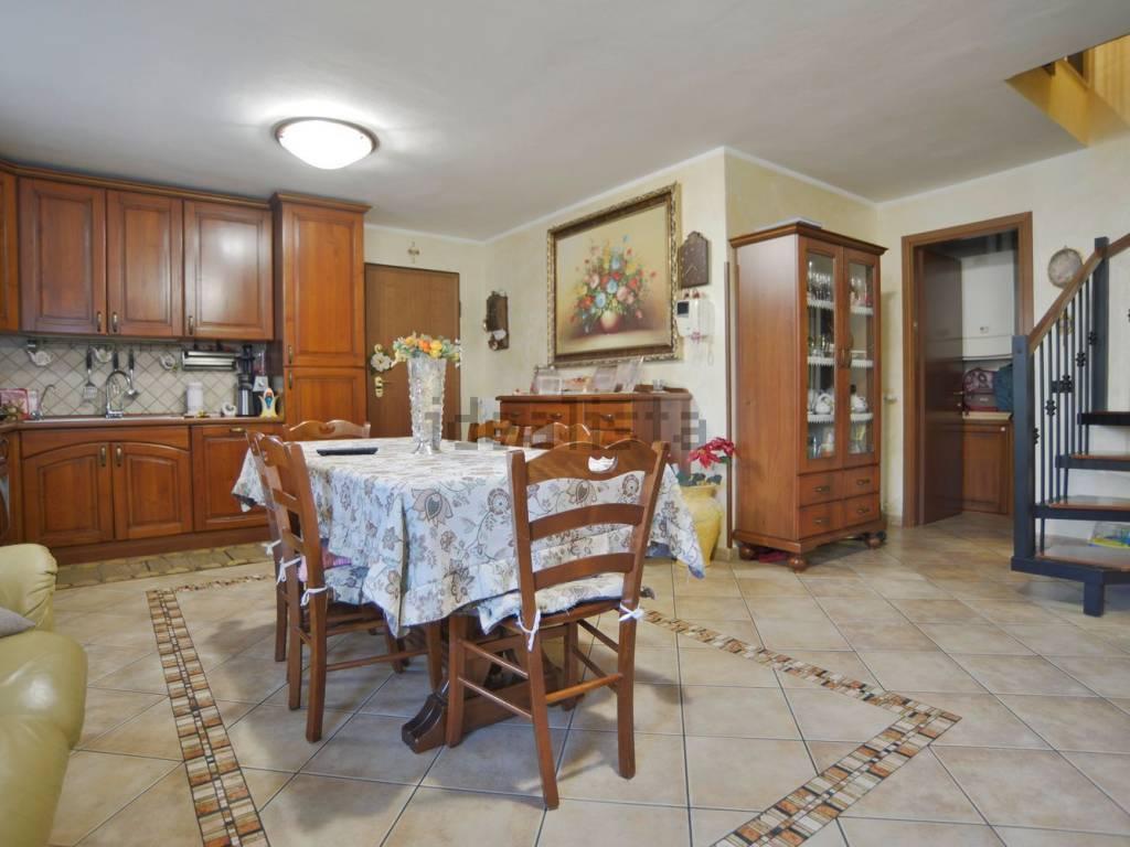 foto Soggiorno 3-room flat via Gilberto D  Govi, Cavriago