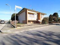 Villa Vendita Roverbella