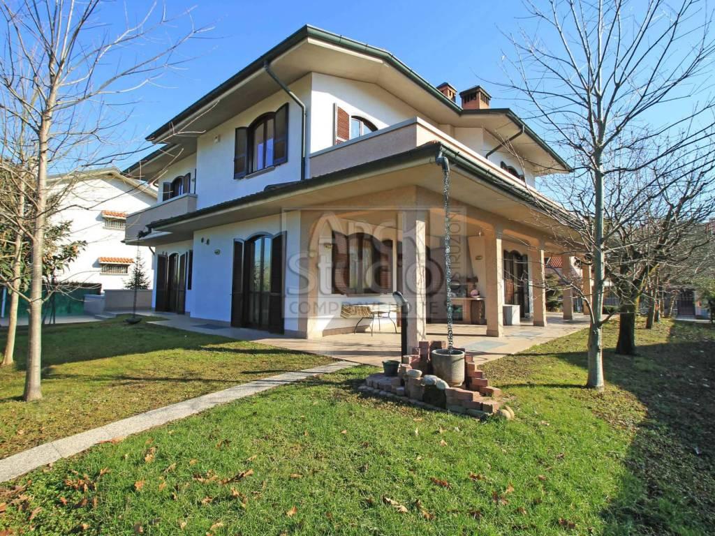 foto esterno Single family villa via GIOBERTI 40, Cassano d'Adda