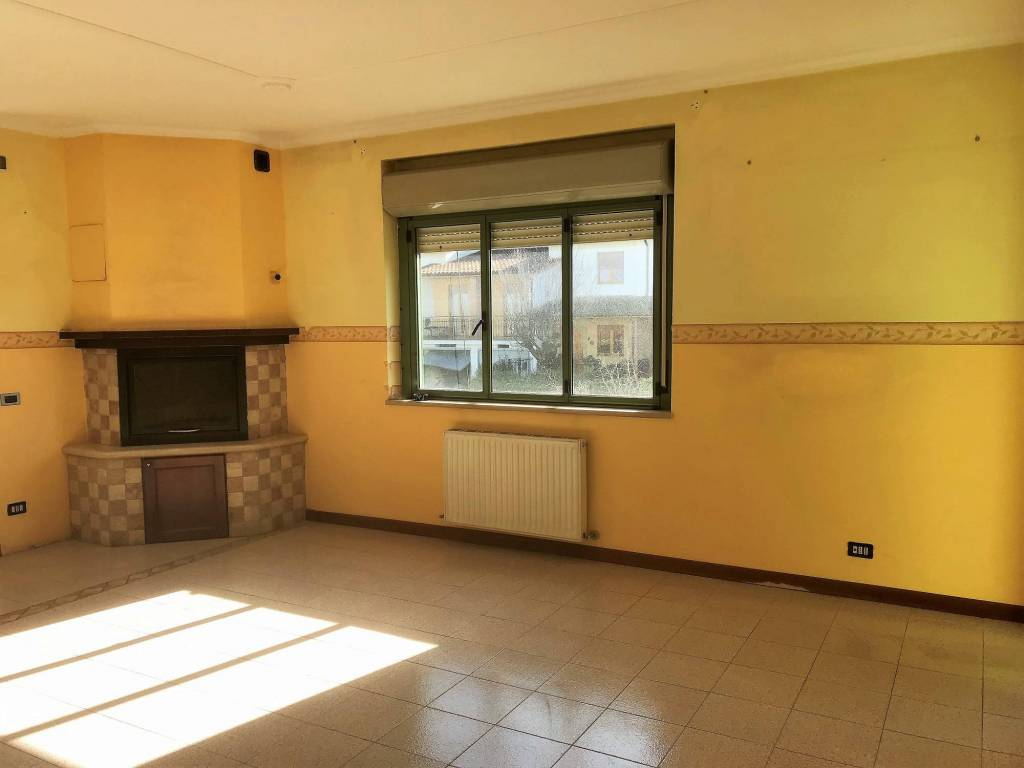 foto Calone 4-room flat via Nino Bixio, Fabrica di Roma