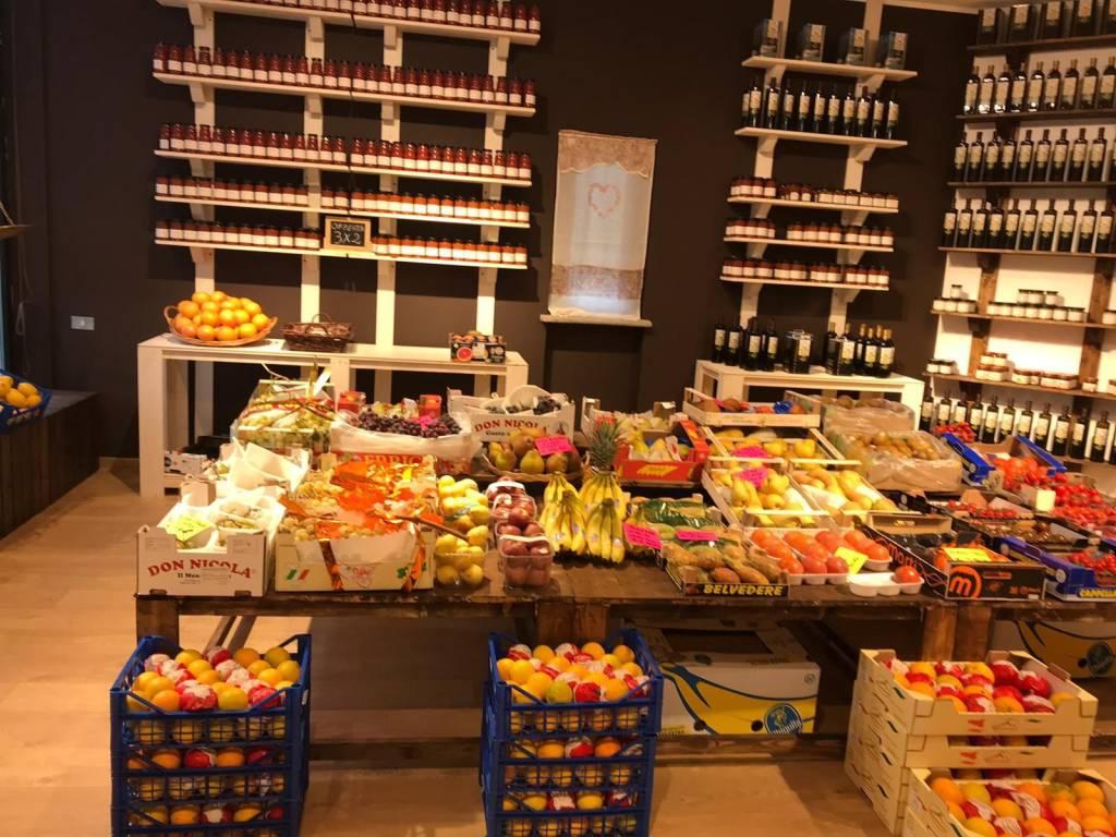 foto  Altro | Alimentare in Vendita a Olgiate Comasco
