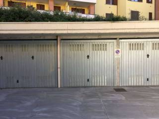 Photo - Car box / Garage via Ferrari 6, Cambiago