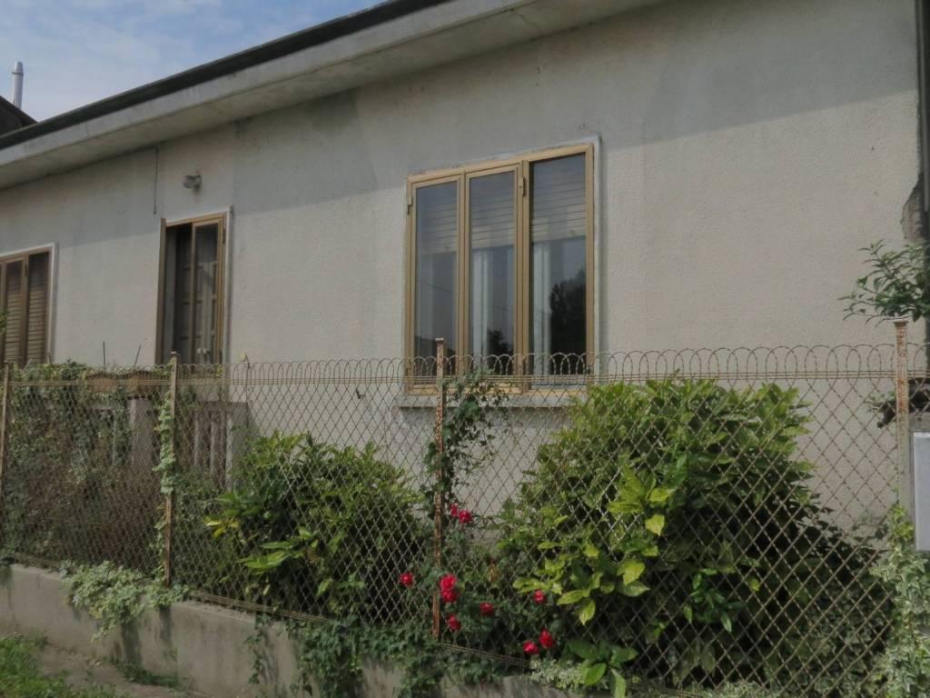 foto  Single family villa via Sant'Eusebio, Arconate