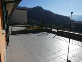 Foto - Bilocale via per Esino 52, Perledo