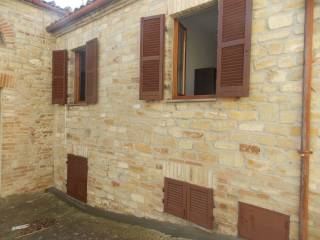Foto - Casa indipendente via Santa Maria Novella 4, Montelparo