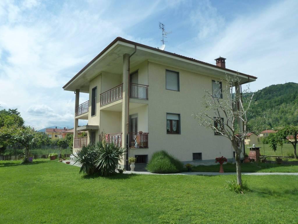 foto esterno 4-room flat via Fontanasse, Piasco