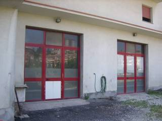 Foto - Box / Garage 150 mq, Loreto