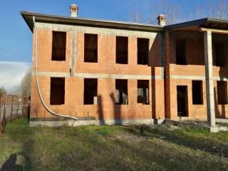 Foto - Villa bifamiliare via Ferruccio Ghinaglia, Gabbioneta-Binanuova