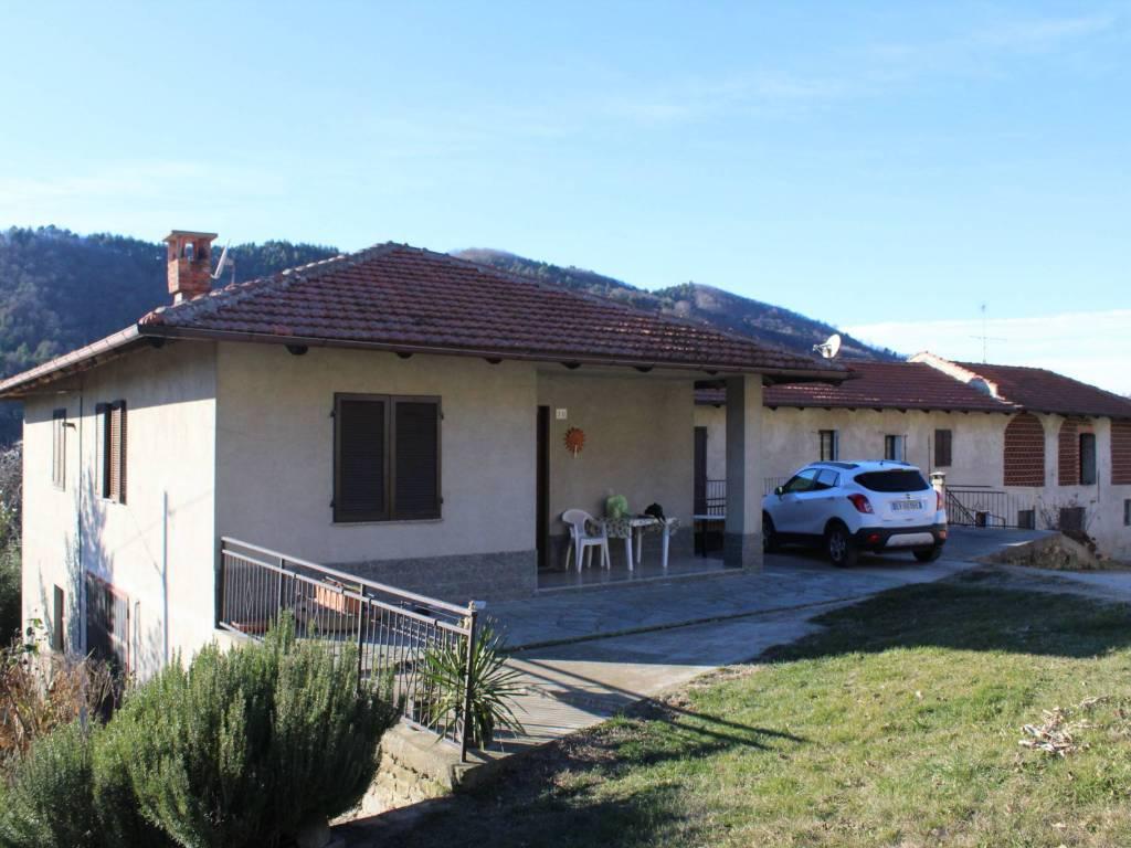 Foto 1 di Appartamento Località Pia, Rocchetta Belbo