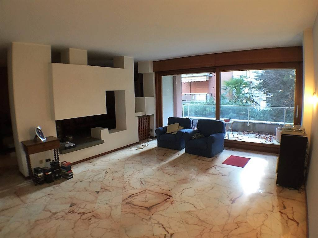 foto  Apartment via Torino 48, Cuorgnè