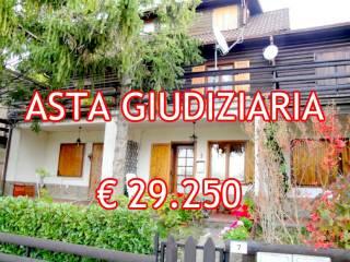 Aste giudiziarie Case indipendenti San Benedetto Val di Sambro ... cde69b1dc76