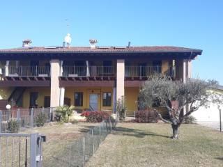 Foto - Trilocale traversa Santellone, Chiari
