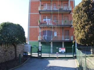 Foto - Trilocale via Vittorio Veneto 54, Bonate Sotto