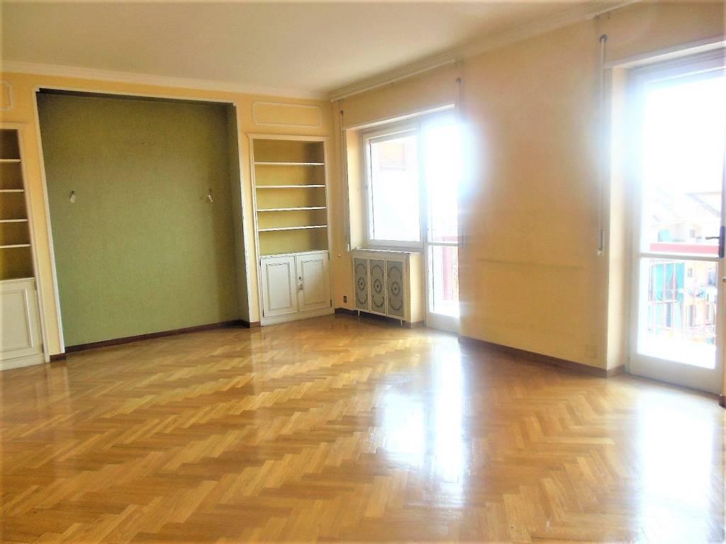 foto  Appartamento via Rosolino Pilo 60, Torino