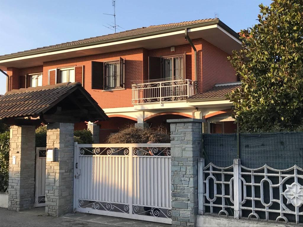 foto Esterno Two-family villa via San Rocco 7, Riva Presso Chieri