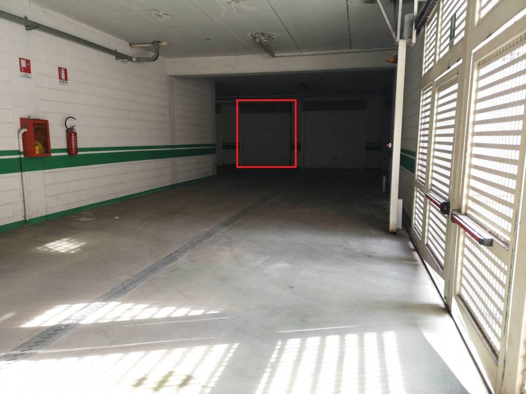 foto  Car box / Garage via Trento, Savigliano