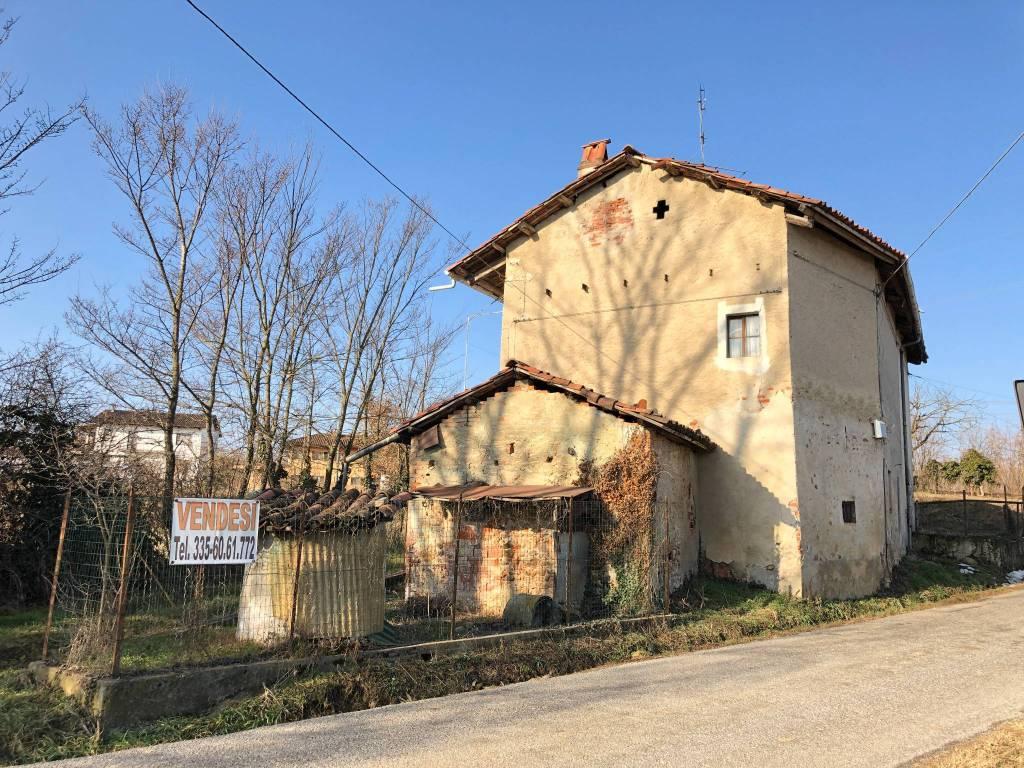 Foto 1 di Rustico / Casale Case Alman, Piozzo
