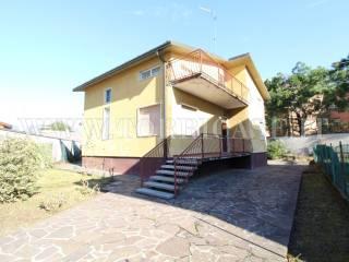 Foto - Villa unifamiliare via Fratelli Cervi 12, Scanzorosciate