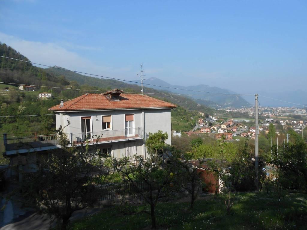 foto casa e veduta Single family villa via Bossoletti, Gandosso