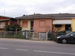 Foto - Villa a schiera 4 locali, buono stato, Mede