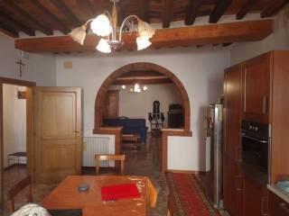 Case Toscane Arezzo : Case indipendenti in affitto in zona valtiberina toscana arezzo