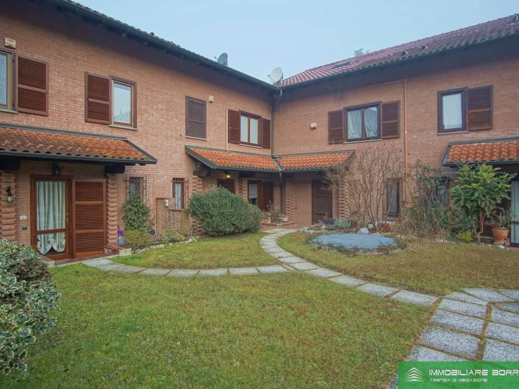 foto  Terraced house 4 rooms, excellent condition, Vizzolo Predabissi
