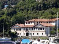 Palazzo / Stabile Vendita Pella