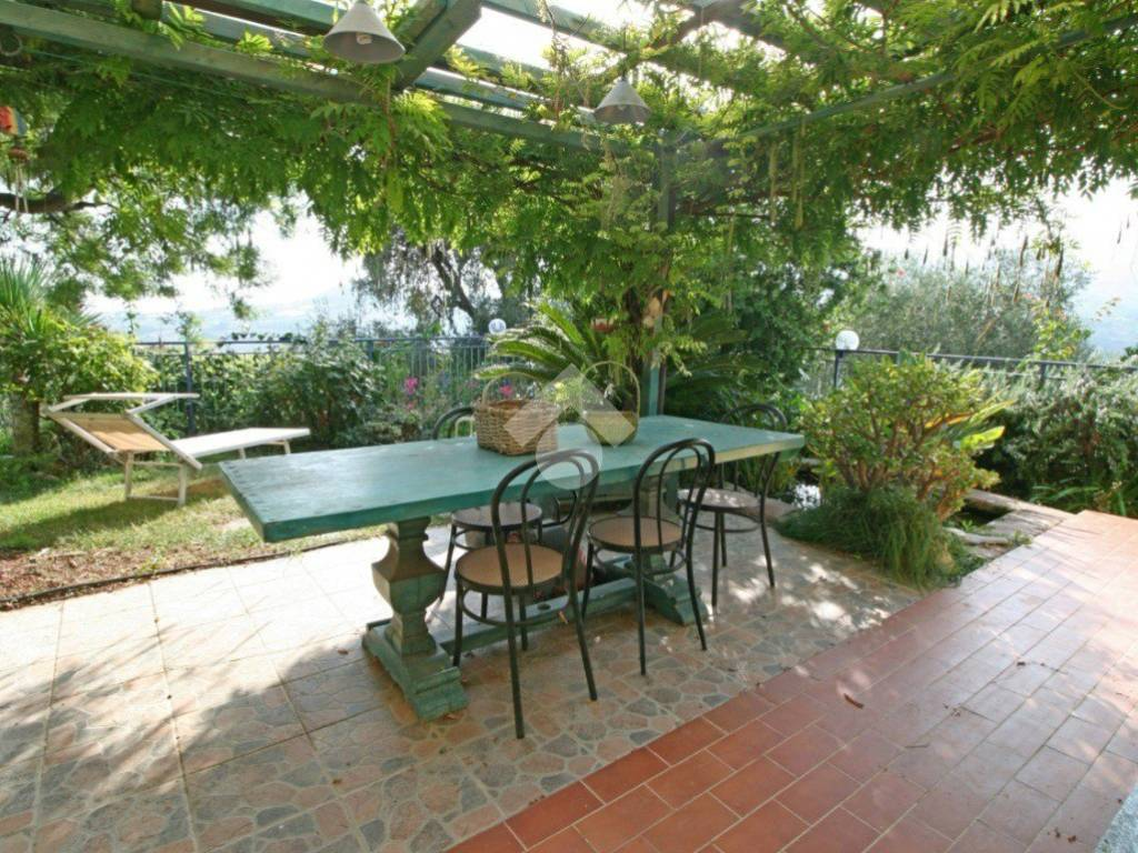 foto 1 Villa a schiera regione loxi piani, Civezza