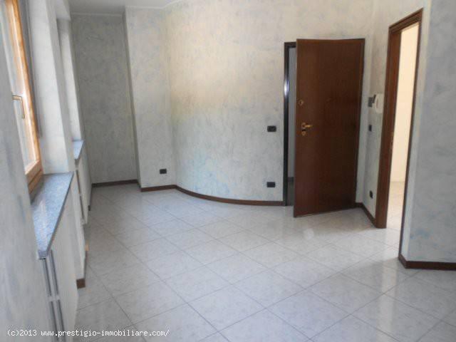 Foto 1 di Appartamento Corso Michele Coppino, Alba
