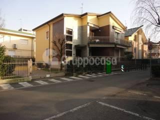 Photo - Detached house via don Natale Fedeli, 8, Arese