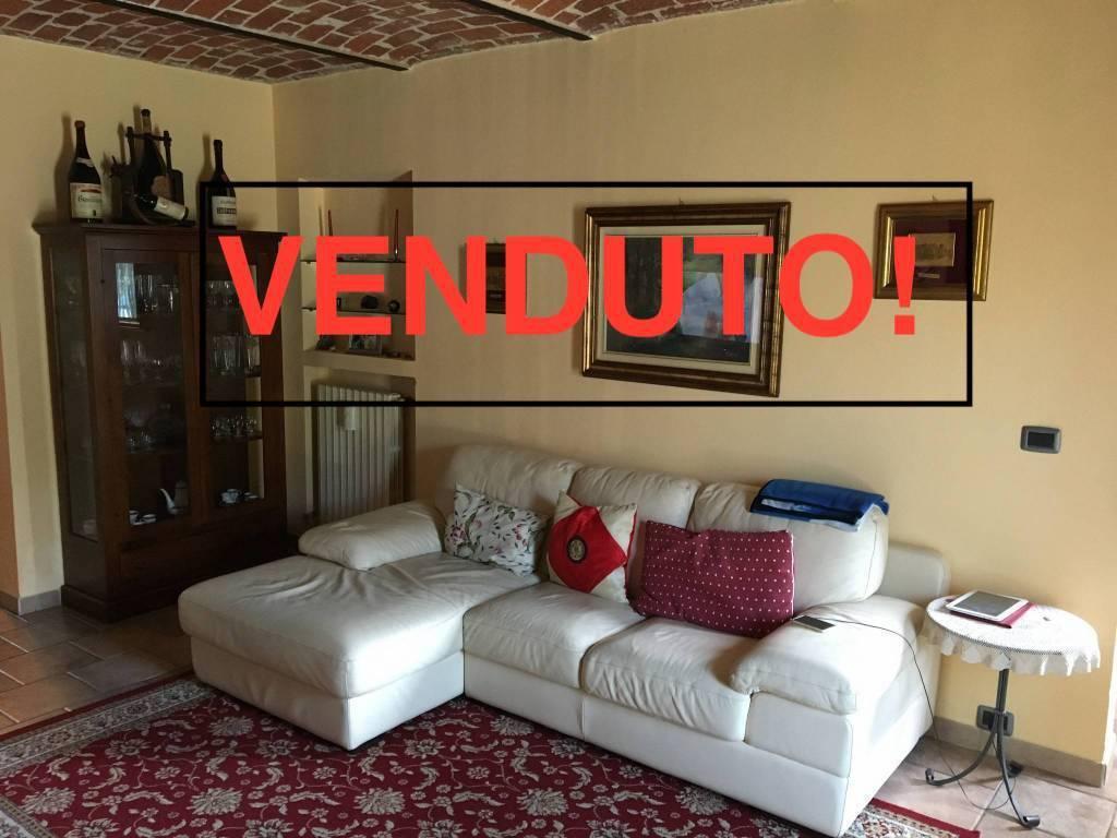 Foto 1 di Appartamento Regione Valle Goria9, Villafranca D'asti