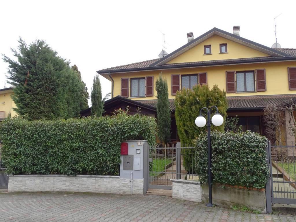 foto  Villa bifamiliare via San Martino 32, Boffalora d'Adda