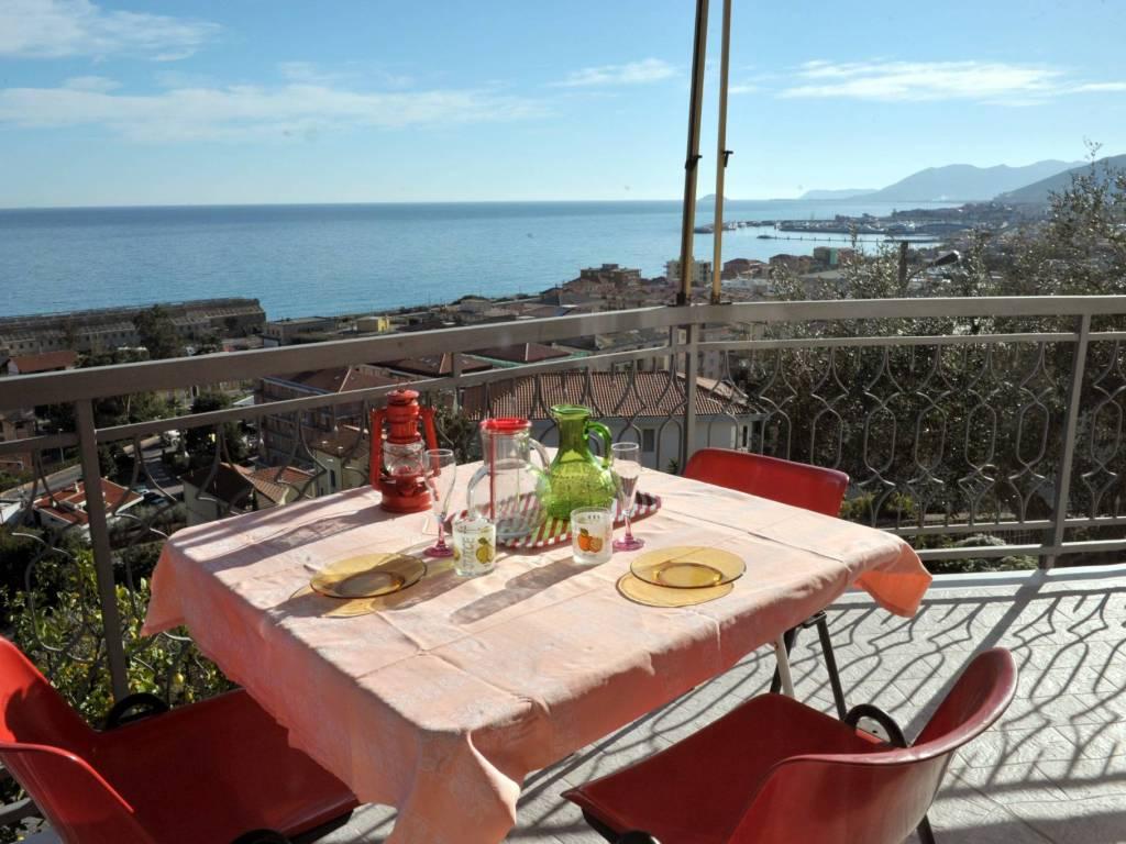foto terrazzo Bilocale via Ranzi 1, Pietra Ligure