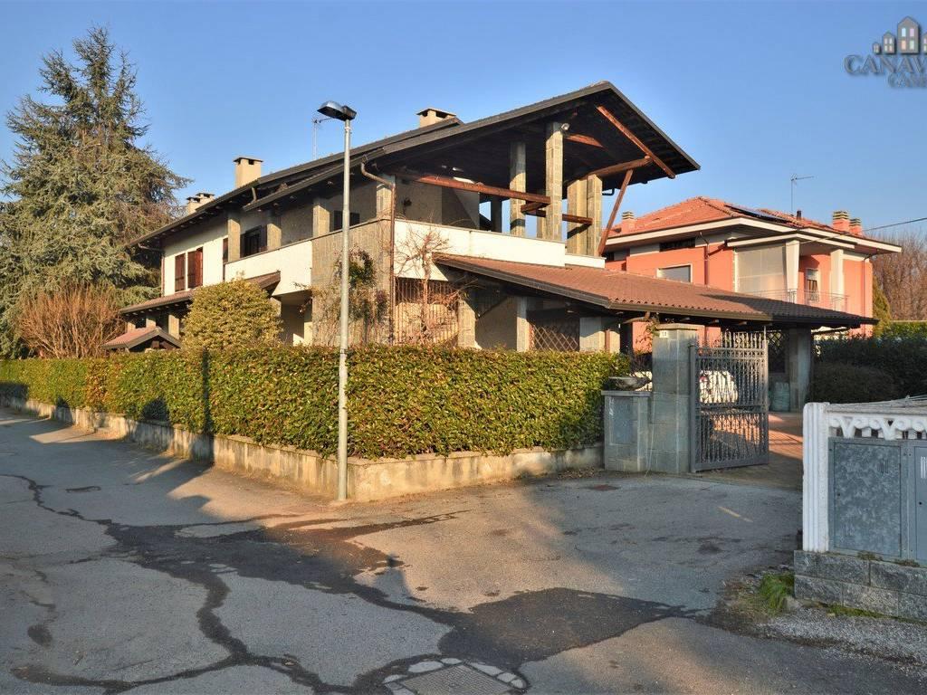 foto facciata Multi-family townhouse via Torino 3, Favria