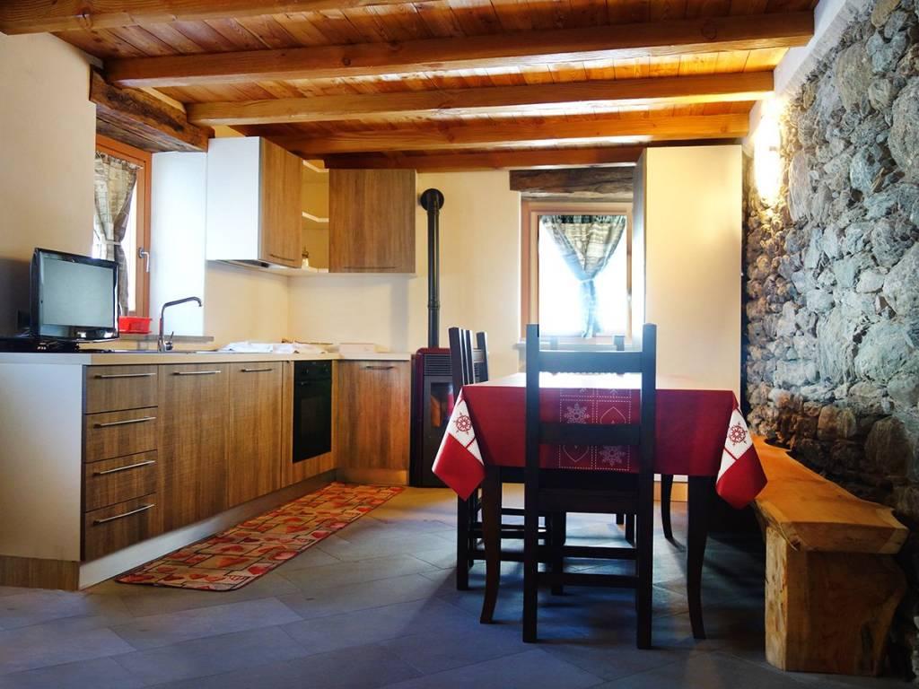 foto Angolo cottura 3-room flat frazione Darbelley, Valgrisenche