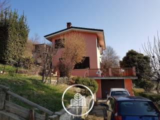 Photo - Single family villa via Cherasco 33, Bra