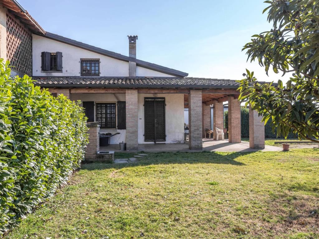foto Casa Indipendente Single-family townhouse via Alessandro Manzoni 63, Vaprio d'Adda