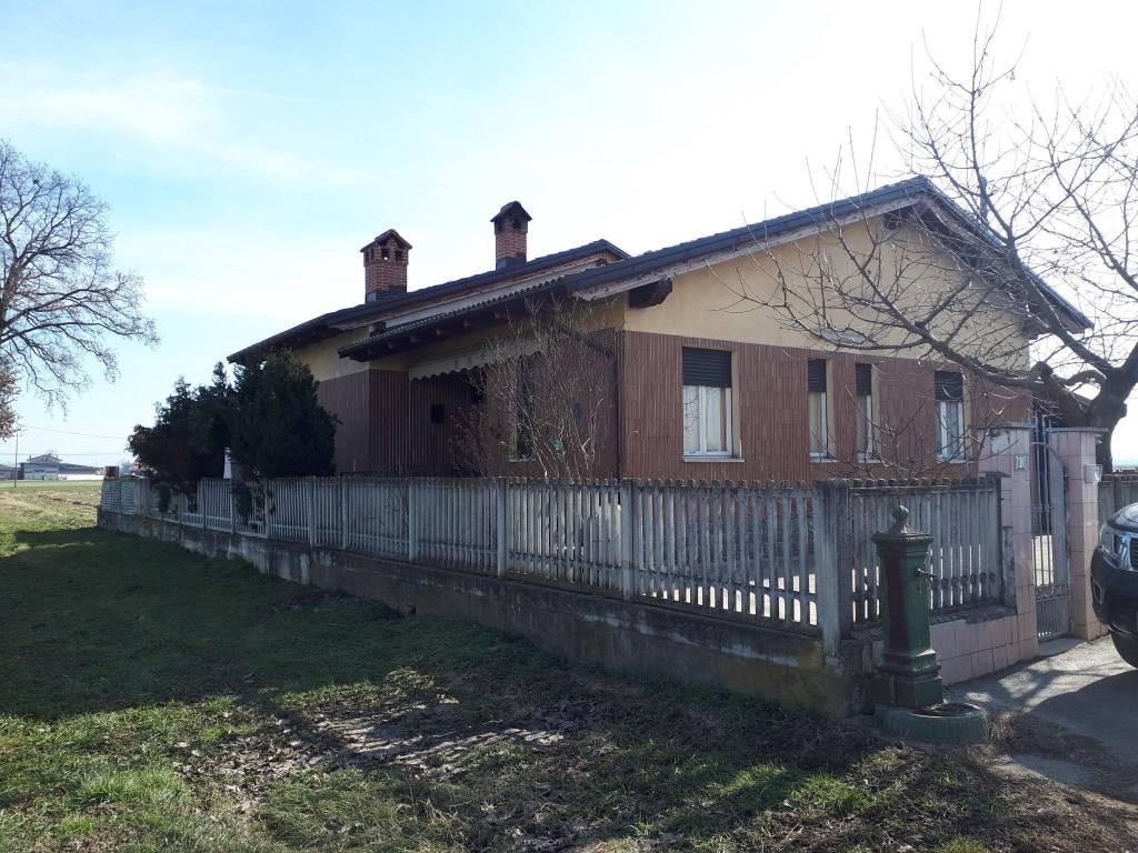 foto  Single family villa 130 sq.m., Rocca de' Baldi