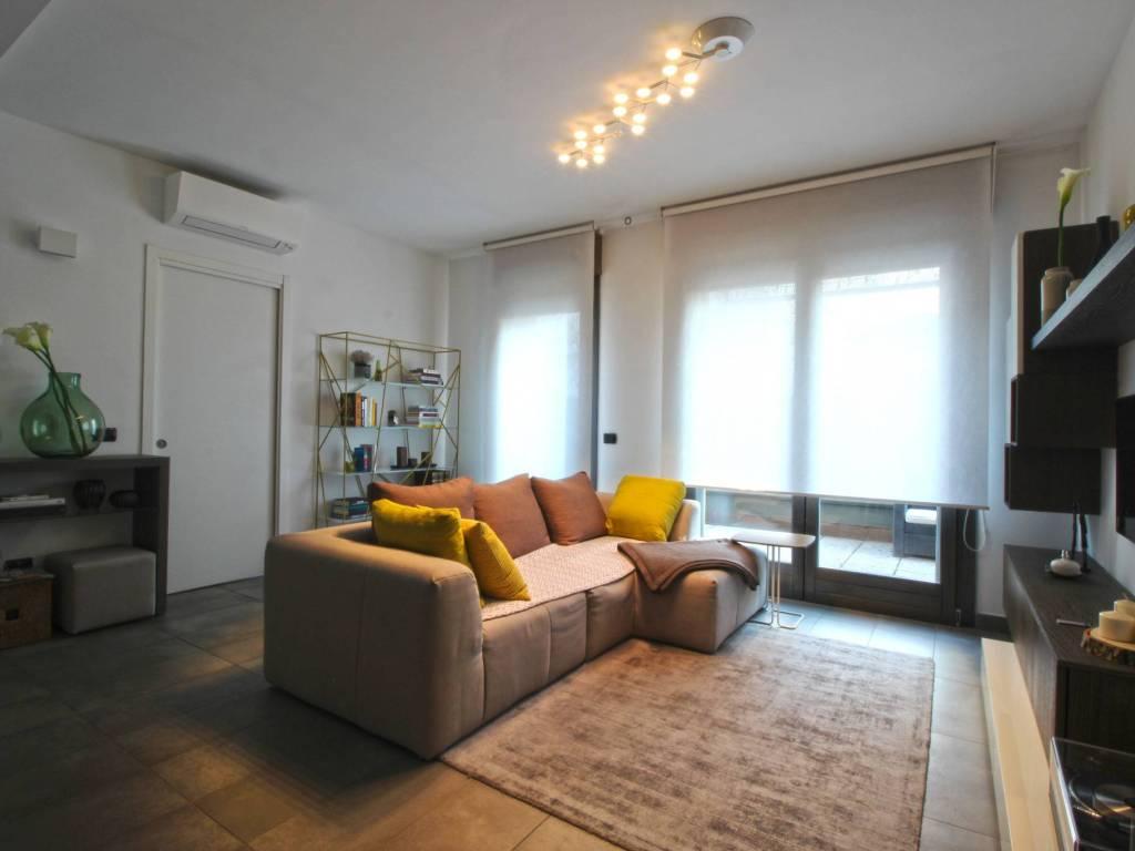 foto Soggiorno 3-room flat via Monte Grappa, Rovellasca