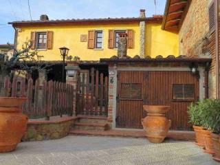 Foto - Casa indipendente 126 mq, ottimo stato, Frassineto, Arezzo
