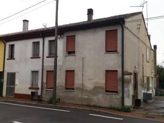 Photo - Multi-family villa via Sabbioni 108, Villanova del Ghebbo