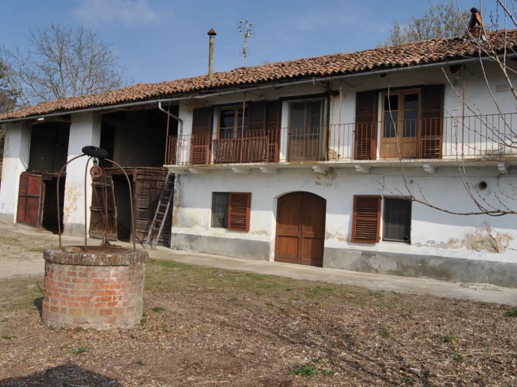 Foto 1 di Appartamento Frazione Tre Rivi, Monteu Roero