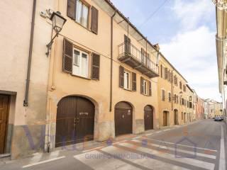 Foto - Appartamento via Giuseppe Botta 20, Mondovì
