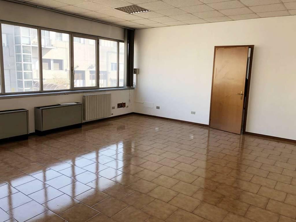 foto ufficio Ufficio in Affitto a Novate Milanese
